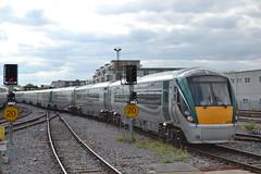 Iarnród Éireann / Irish Rail 22250 (Will Swain) Tags: city travel ireland dublin irish station june train coach south capital transport rail trains southern seen 20th coaches 2014 22250 heuston iarnród éireann