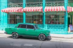 Cafeteria El Polar. (Robin Thom) Tags: cars havana cuba centro cafes