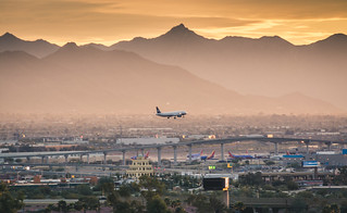 US airways A-320 short final Phoenix