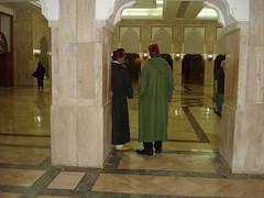 En la mezquita - Inside the mosque (rrodriguez16) Tags: rarb1950 mezquita mosque interior musulmanes muslims hassan ii casablanca marruecos