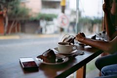 Spending time (AndreiSaade) Tags: minolta himatic7s minoltahimatic7s himatic kodak proimage 100 streetphotography rangefinder 35mm 35mmfilm keepfilmalive istillshootfilm méxico xalapa film