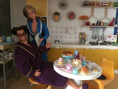 Breakfast in the new kitchen (Dutchdollenthousiast) Tags: barbie pj star fashions fashion avenue ken cool shaving dream date sindy pedigree kitchen rement vintage eastham