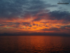 Φλεγόμενη θάλασσα του Μαρτίου (theseustroizinian) Tags: hellas hellenic greece greek goldenhours gulf ngs ngc seaside sea sunset simplysuperb seasunandclouds seascape sky clouds canoneos700d canon landscape loutraki