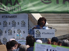 TWH24823 (huebner family photos) Tags: sony hx100v washington dc protests demonstrations taxmarch trump 2017 maxinewaters politicians