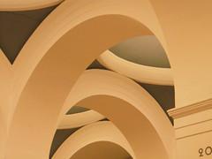 Arc (Ed Sax) Tags: arc bögen säulenhalle rotunde white green weis grün rundbogen architektur architecture design chaos ordnung neoklassizismus neoclassizism 1841 adolfsplatz 20 bow