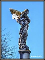 Sevilla. Parque María Luisa 01 (ferlomu) Tags: andalucía escultura estatua ferlomu sevilla