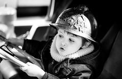 Au feu les pompiers (Zeeyolq Photography) Tags: blackandwhite child enfants firemen pompier portraits