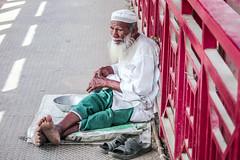 বৃদ্ধ বেলা পথের বাঁকে (Ahsan Ovi Photography) Tags: street photography dhaka darussalam mirpur dhanmondi india pakisthan australia beauti old person ahsan ovi all right reserved flicker yahopo google facebook natural