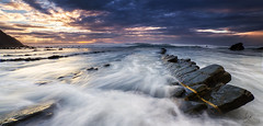 Barrika pano (Iurgi.) Tags: barrika bizkaia euskadi mar rocas rocks olas atardecer sunset iurgi inda power fuerza