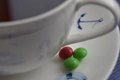 Cup of Tea and Sweets (dorotheazinsser) Tags: makromondays cup tea glaze tasse tee glasur porzellan