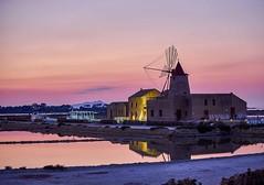 ora d'oro allo stagnone di Marsala (marecielo50) Tags: mulino tramonto acqua mare cielo colori ora doro