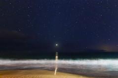 Venus Setting (Zeta_Ori) Tags: maui wailea grandwaileahotel grandwailea grandwailearesort venus reflection longexposure nightphotography
