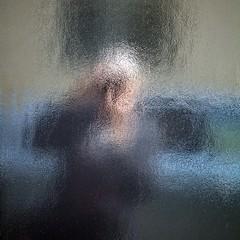 Egoportrait (Gerard Hermand) Tags: 1704037335 gerardhermand france paris canon eos5dmarkii formatcarré mur wall peinture paint noir black reflet réflexion reflection voiture car rue street auto self portrait me moi
