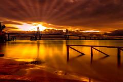 Sunset behind the bridge (geralddesmons) Tags: sunset bridge corrientes puente parana river sun landscape postal light ray argentina canon canonista canon5dmarkiii photography fotografia gerald desmons iso50