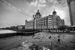 मुंBAI (Harshal Orawala) Tags: mumbai city india bombay sky clouds bnw blacknwhite tajhotel building architectural
