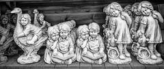 Tuincentrum -5- (Jan 1147) Tags: tuincentrum intratuin beelden statues bw zw zwartwit blackandwhite monochrome lovendegem belgium