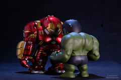 DSCF2044_ (PowerPee) Tags: marvel hulk cosbaby ironman hulkbuster tonystark toyphotography photoygraphy hottoys