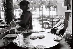 Queretaro, Mexico - May 2014 (36mmatatime) Tags: blackandwhite analog 35mm mexico kodak 400tx streetfood sopes filmphotography av1