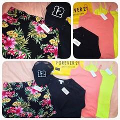 A ida a @oficialforever21br deu nisso: 2 tops a 8,90 cada; blusa de manga a 24,90; short florido a 41,90 e bon a 34,90. Os jeans no tinha nenhum!  toda a coleao  de inverno... Como lidar? #f21 #forever21 #shoppingspree ([J]ckie  .) Tags: square squareformat f21 foreverxxi iphoneography instagramapp uploaded:by=instagram forener21