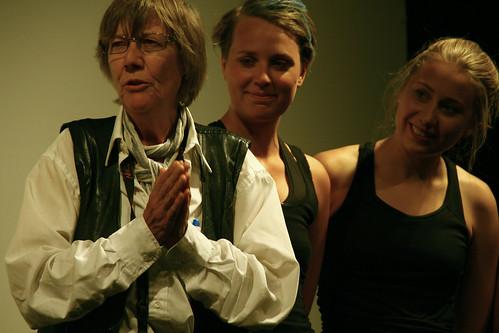 Gerd Brantenberg tackar uppsättningen av Egalias Döttrar Femenistiskt Festival Nordiskt Forum
