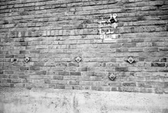 140308 Film Breakfast Club (FA100) 006 (erikpettee) Tags: street blackandwhite bw iso100 washington d76 35mmfilm pacificnorthwest leicam7 breakfastclub fujiacros100 kodakchemistry leicasummicron35mm6elementf2
