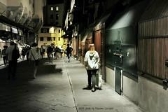 Sola me ne vo per la citt... di Firenze (Massimo Luca Carradori) Tags: life light shadow italy night river lights evening florence italia shadows fiume note tuscany firenze arno toscana vita sera reflects massimocarradori carradorimassimo reflecgt