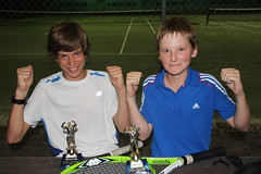 Doubles back-fence comp winners Zac & Josh