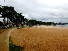 """Match de foot improvisé sur la plage du port • <a style=""""font-size:0.8em;"""" href=""""http://www.flickr.com/photos/113766675@N07/14444864303/"""" target=""""_blank"""">View on Flickr</a>"""