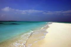 Walking alone in Paradise! (d_r_photo1) Tags: ocean beach water strand meer paradise bluesky maldives malediven indischerozean