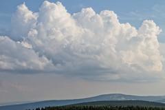 Rhn-Rundweg 9 (pilot_micha) Tags: sky cloud mountain kreuzberg germany bayern deutschland bavaria himmel wolke rhn unterfranken rundweg rhngrabfeld mitelgebirge