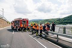 Schiffshavarie Rhein Lorch 04.08.14 (Wiesbaden112.de) Tags: wiesbaden alexander feuerwehr polizei lorch idstein benzin wiesbaden112 schiffsunglück groseinsatz wörl