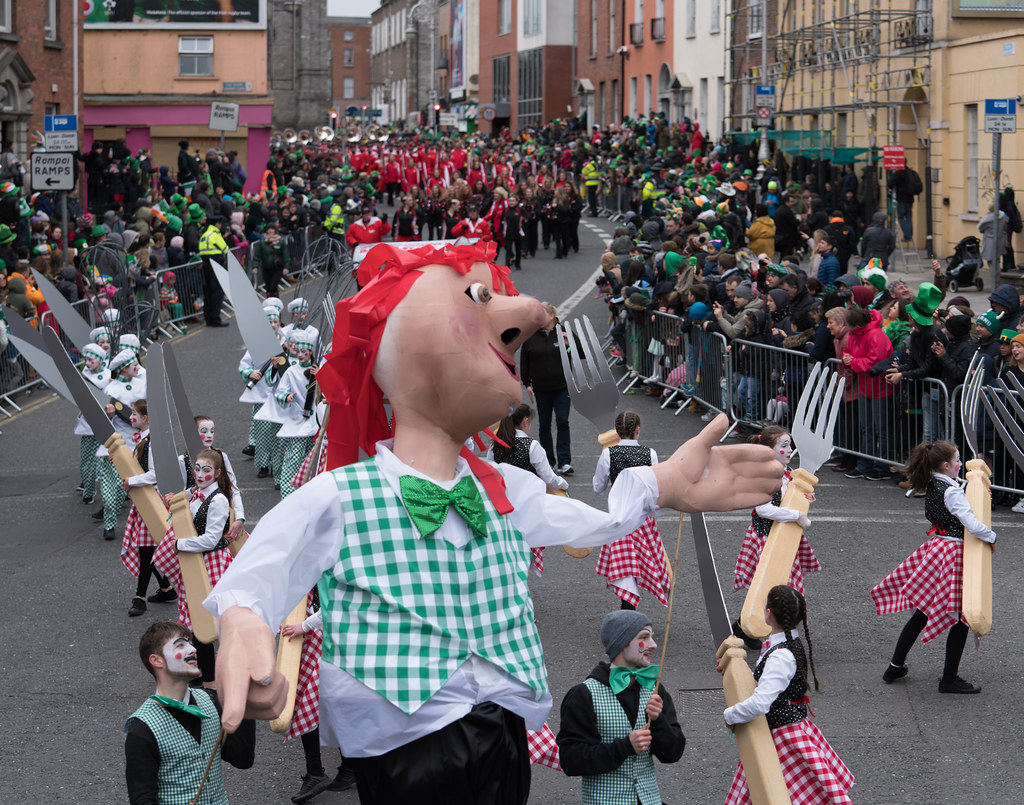 DOWTCHA PUPPETS FROM CORK [DUBLIN PATRICKS DAY PARADE 2017]-126007