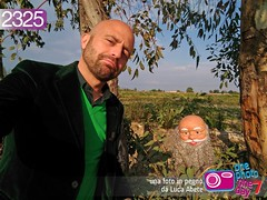 Foto in Pegno n° 2325 (Luca Abete ONEphotoONEday) Tags: selfie puppet bambola 2325 12 aprile 2017