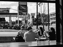 a sunny Sunday afternoon (Web-Betty) Tags: fujineopan400 vscofilm bnw blackandwhite denver colorado thesquire peoplewatching streetphotography