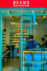 High Fidelity (Luis Montemayor) Tags: japan japon tokyo shibuya beamsrecords story tienda records discos man hombre