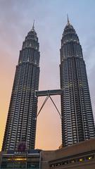Twin Towers (elenaleong) Tags: kl klstreet petronas twintowers architecturalwonder 88floors landmark travelphotography klcc suria elenaleong malaysia petronastwintower skybridge skyscraper klskyline