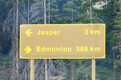 Yellowhead Hwy., Jasper National Park, Canada (leo_li's Photography) Tags: sign jaspernationalpark alberta canada 加拿大 亞伯達省 canadianrockymountains rockymountains 洛磯山脈 parc national jasper 亞伯達 艾伯塔省 艾伯塔
