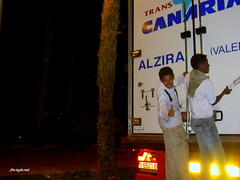 Hitchhiker (ingelarene) Tags: hitchhiker liftare ingelarené tanger marocko pojkar lastbil