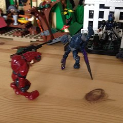 The Arbiter Mutant (splinky9000) Tags: kingston ontario mega bloks halo arbiter monstrosity mutated spartan soldier rifle energy sword plasma toys minifigures