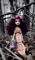 À La Mode | Witches Of Instagram | Jiana Velis (lola_ayou) Tags: bratz class phoebe dolls victorian witches