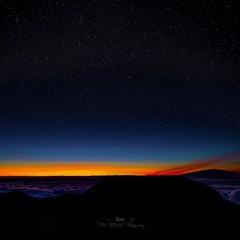 Hawaiian Sunrise (Prab Bhatia Photography) Tags: stars sunrise hawaii maui haleakala starrynight dusk orange clouds
