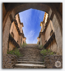 Famous stepwell / baori, situated in the village Neemrana, Rajasthan (KS Photography!) Tags: ranikibaoli ranikibaori ineemrana stepwell rajasthan village ancient attractive historic baori brick building culture day daylight destination architecture historicarchitecture famous heritage historical landmark monument pattern religion ruin stairs step stepwall structure ponds water tourism tourist traditional iconic abstract architectural bricks design old queensstepwell prespective india asia