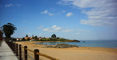 Playa de La Isla en Colunga (Mariemivaki) Tags: asturias colunga mar cantábrico