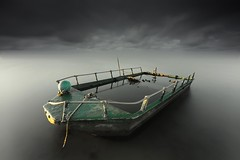 Adrift (canonixus1) Tags: barca deltadelebro aladeriva largaexposicion agua canon canonixus1 canon6d canon1740 cielo sky nubes clouds filtros firecrest nisi raymaster