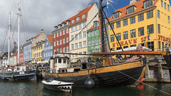 Colorful Copenhagen -1- (Wim Boon (wimzilver)) Tags: wimboon wimzilver kopenhagen canoneos5dmarkiii canonef2470mmf28liiusm polarisatiefilter holiday denenmarken nyhavn