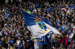 Ondeando la bandera en la grada (Dawlad Ast) Tags: b real soccer abril asturias carlos bandera oviedo futbol gijon nuevo segunda 2014 grada spoting tartiere