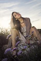 al Tramonto (Fabio Corselli Immagini) Tags: tramonto valeria fiori sole ritratto musa sicilia vento bellezza mora modella capozafferano abitolungo fabiocorselli