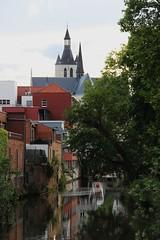 OLV-over-de-Dijlekerk (mechelenblogt_jan) Tags: mechelen dijle kruidtuin olvoverdedijlekerk