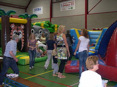 "zomerspelen 2013 Adventurepark • <a style=""font-size:0.8em;"" href=""http://www.flickr.com/photos/125345099@N08/14407277165/"" target=""_blank"">View on Flickr</a>"