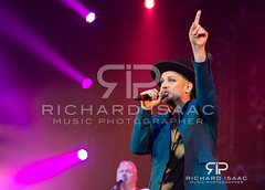 Boy George live at The Isle of Wight Festival 2014 (www.richardisaac.co.uk) Tags: uk musician music festival photo image gig performance arts band picture culture pic hires entertainment photograph isleofwight gigs annual performer thursday boygeorge gbr cultureclub musicphotographer musicphotography isleofwightfestival newromantic grammyawardwinner richardisaac alanodowd britawardwinner 12062014